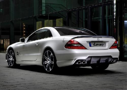 Lenso onder Mercedes